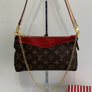 Louis Vuitton 9 x 5 x 2